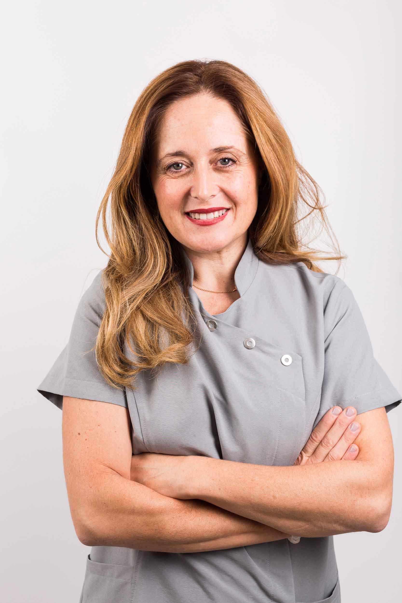 Dra.-Reyes-Benítez-Cruz-Ortodoncia