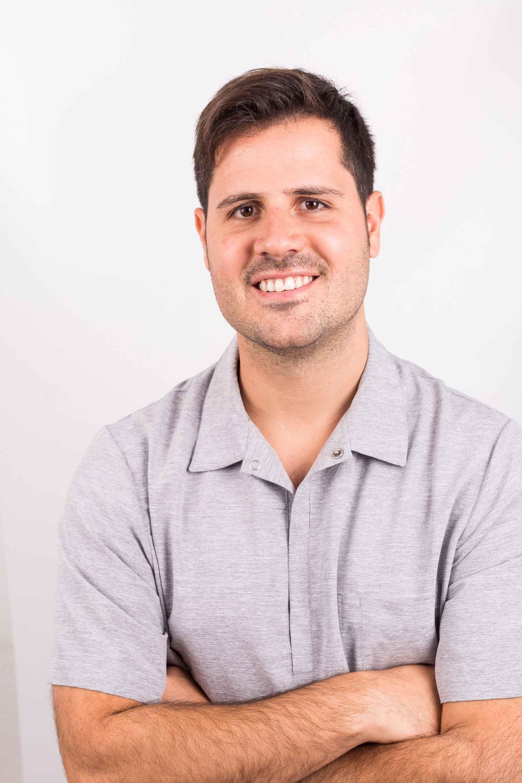 Guillermo-Hurtado-Hidalgo-Endodoncia-y-Odontología-Restauradora